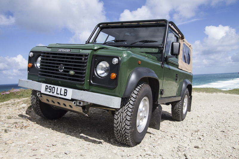 Defender 90 - Independent Land Rover® vehicles Specialist
